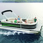 hi_seabreeze-230-shown-in-pewter-with-black-sand-accent-and-lime-green-sport-graphic-double-bimini-cwec-floorplan